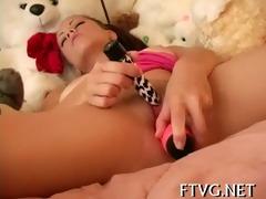 gal fondles her fur pie